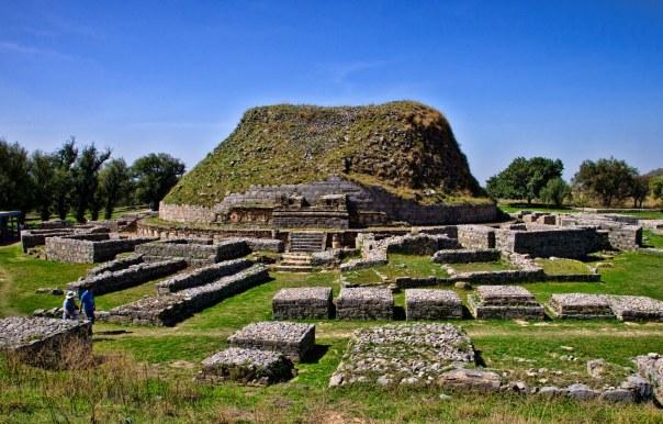 Dharmarajika-stupaTaxila.-Present-day-Pakistan-Ancient-Buddhsit-city-of-Taxila.-Photo-by-Sasha-Isachenko-2010