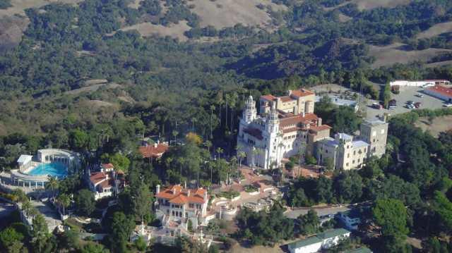 Aerial-Photo-Hearst-Castle-Hearst-San-Simeon-California-1md