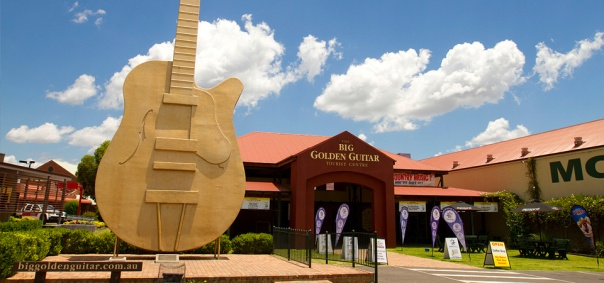 The Big Golden Guitar, Tamworth